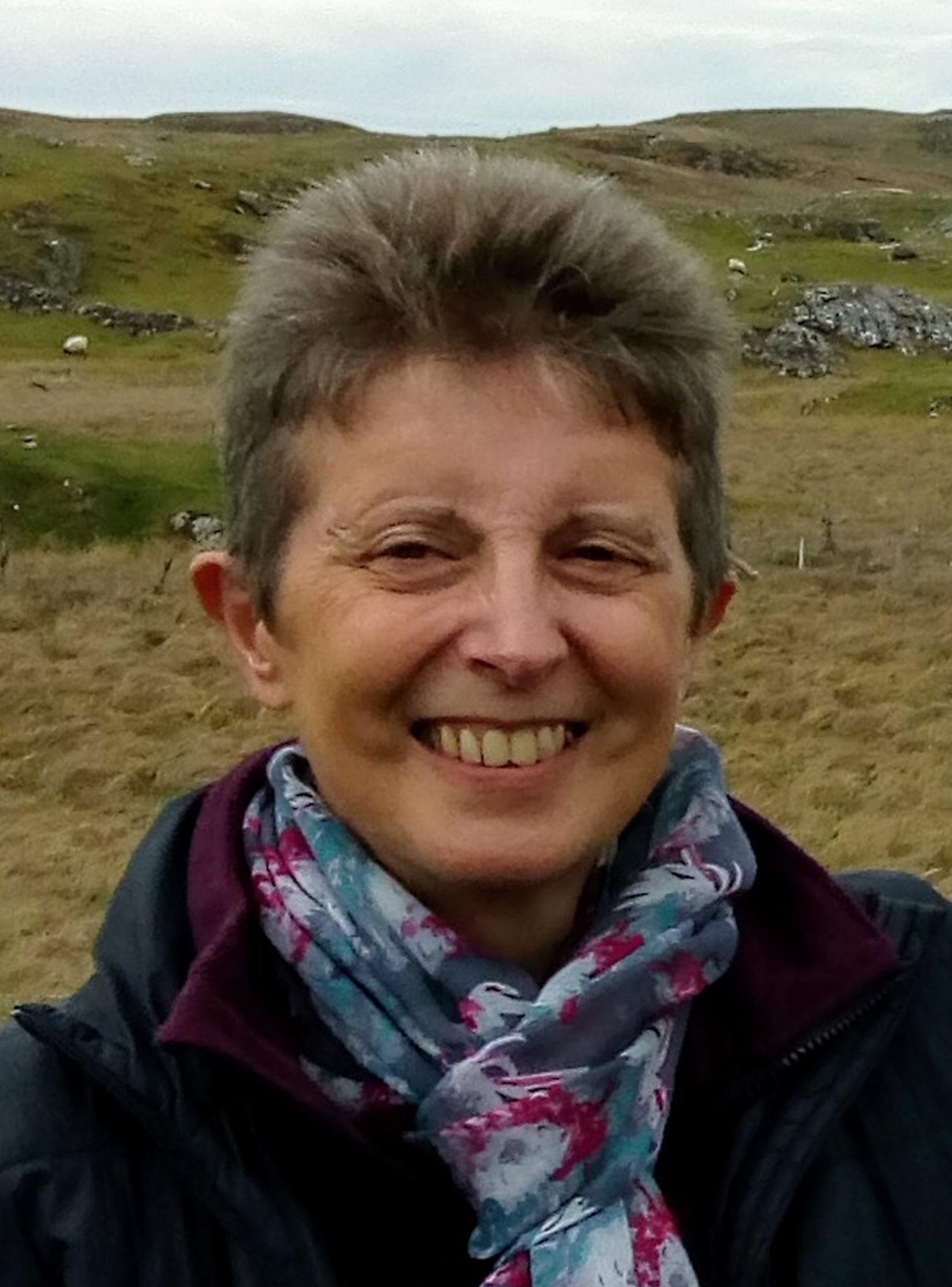 Ms Anne Worden